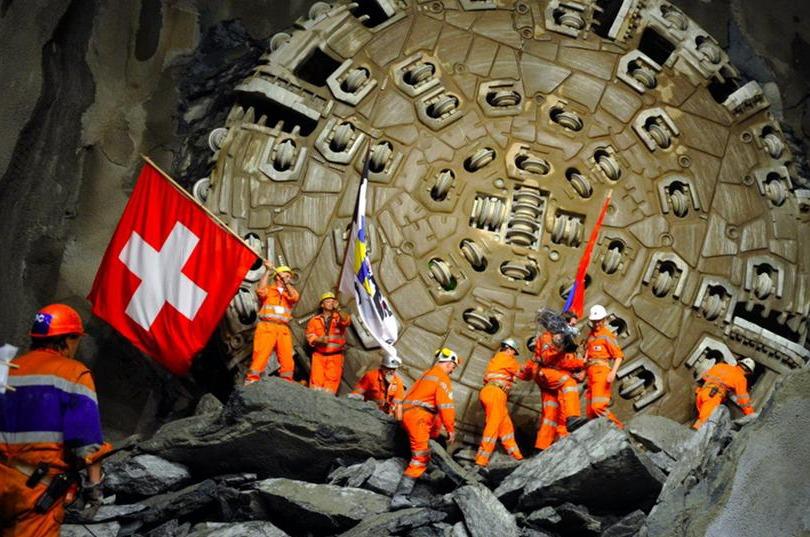 Auto école Genève | Bouchon de 10 km devant le tunnel du Gothard